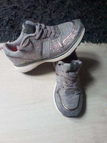 Adidasi Zara 31 Fete