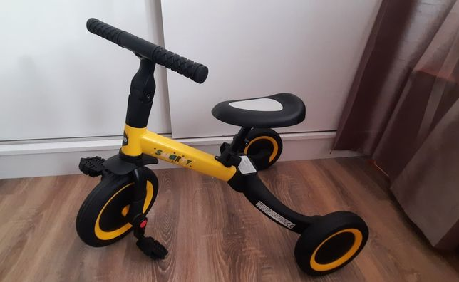 Tricicleta copii Chipolino 2 în 1