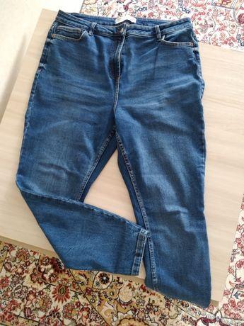 Продам джинсы новые next