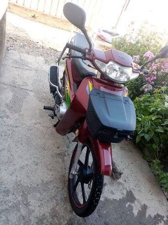 Мотоцикл бу почти новый