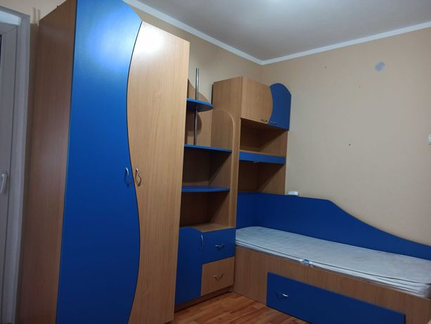 Mobilă dormitor tineret
