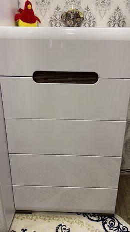 Шкаф и комод, набор