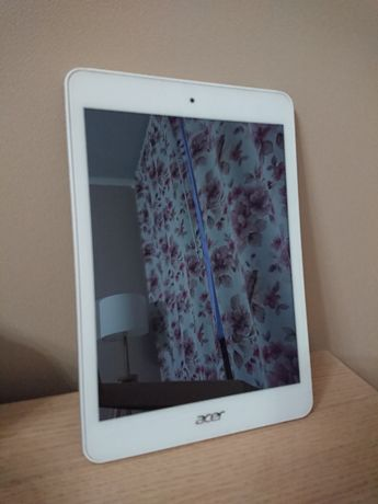 Acer Iconia Tab A1-810 16Гб (белый)
