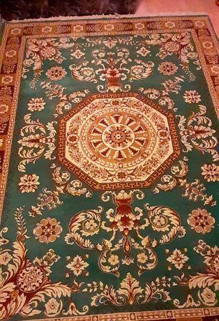 Covor persan nou, din lana 100% fabricat la Cisnadie
