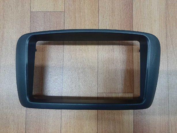 Продам Переходная рамка магнитолы Toyota Raum EXZ10 EXZ15