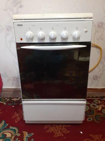 Продаётся газ плита Zanussi