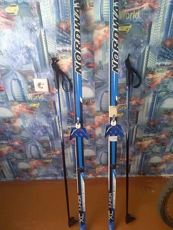 Лыжи юниор в отличном состоянии