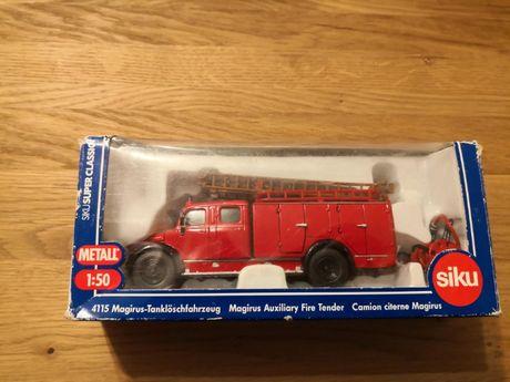 Se vinde machetă,jucarie mașină de pompieri Magirus