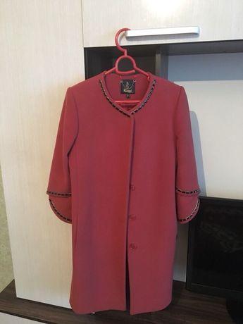 Продам пальто в отличном состоянии