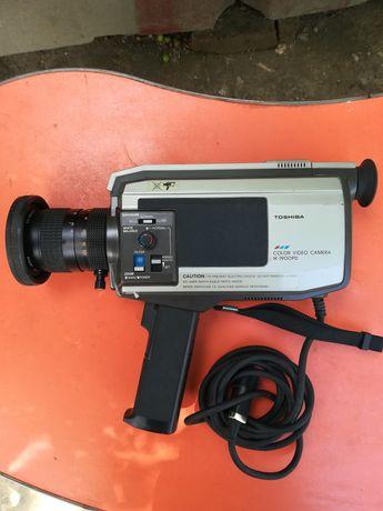 Toshiba color video camera IK-1900PD