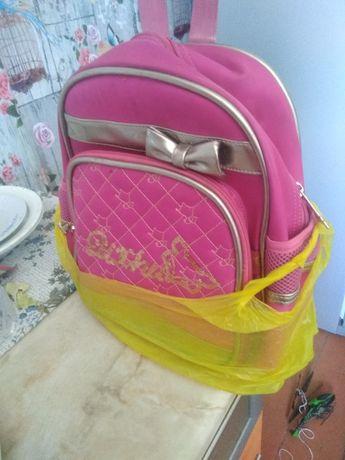 Продам сумку школьная для девочки