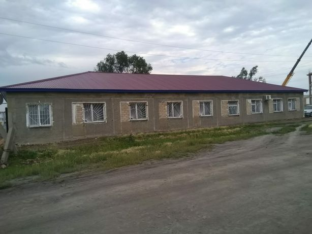 Продам коммерческое здание в центре г. Мамлютка.