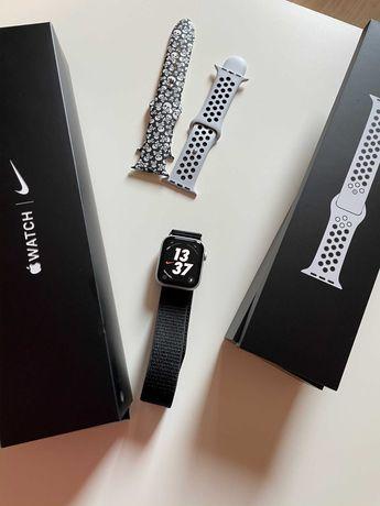 часы Apple Watch Nike S5  44mm /A Silver Aluminium Case