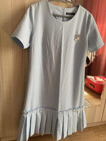 Продам новое платье 40 р