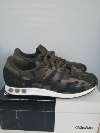 Adidas L.A Trainers army