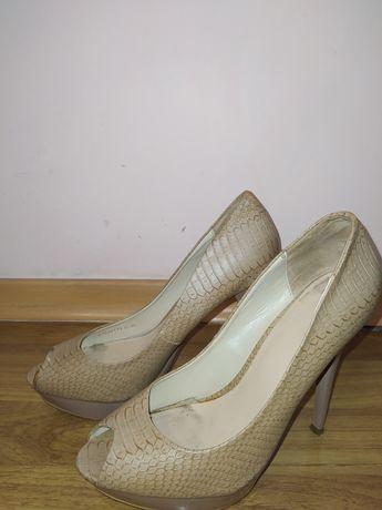 Туфли и ботинки  Mango по 1000
