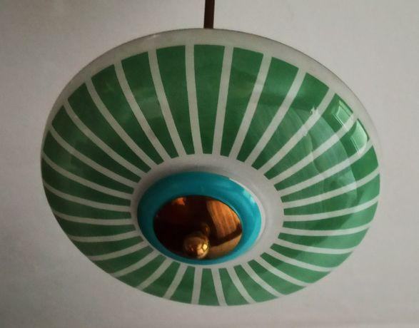 Срочно продаются 3 советские лампы,цена за все-2000 теньге.