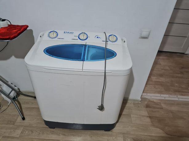 Продам стиральную машину полу автомат 8кг