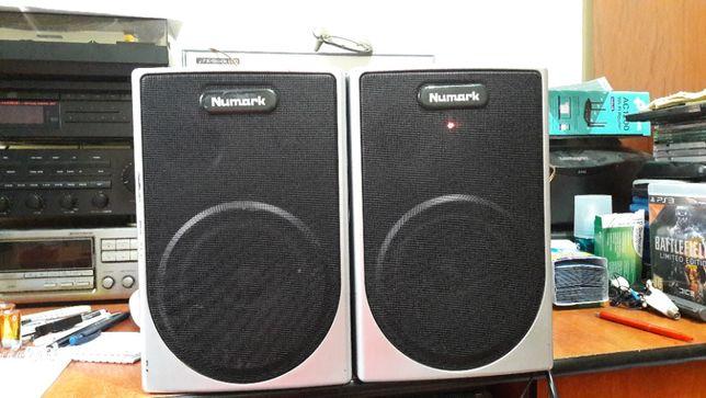Numark M20 self-powered amplified speaker system