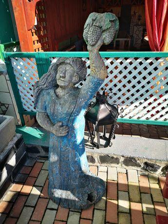 Sculptură vechi interesant