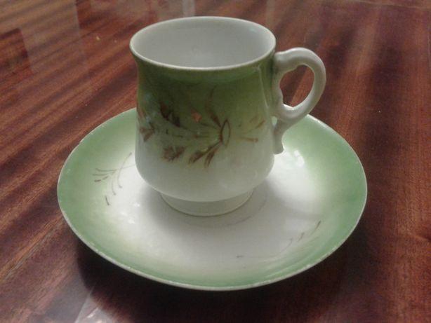 продам чайную пару фарфор товарищество Кузнецова
