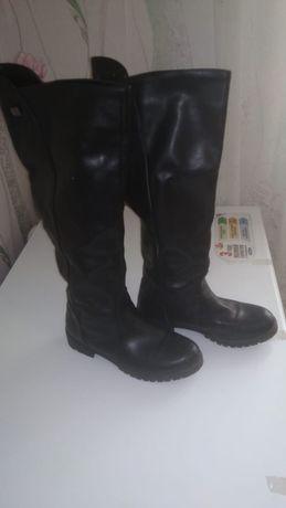Продам сапоги осенние, одевались несколько раз