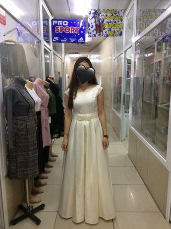 Продам новое платье вечернее