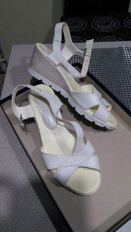 Vand sandale piele naturala,nr39,40