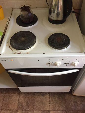 Плита б/у работаеть духовка не работаеть можно на запчасти
