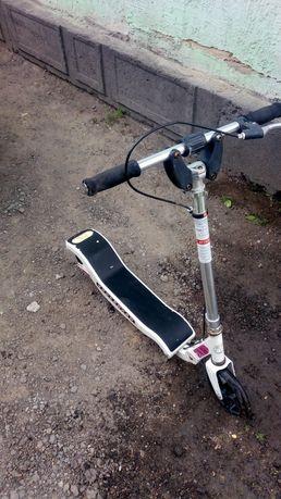 Продам самокат - велосипед