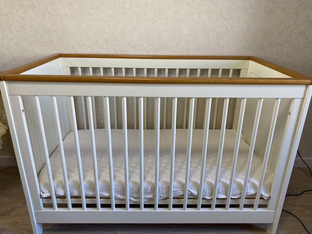 Детский гарнитур, кроватка, шкаф, комод-пеленальный стол. Польша