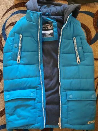 Срочна куртка и безрукавка