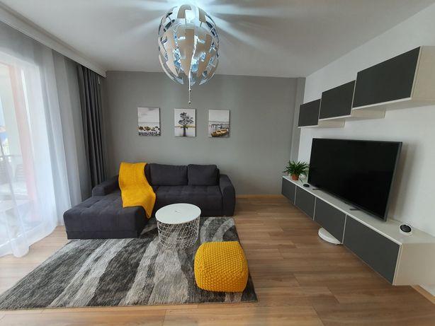 Apartament ''smart'' 3 camere bloc nou , complet mobilat girocului !