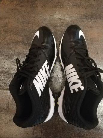 Футболни обувки /бутонки Nike