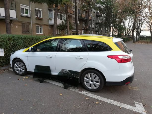 Geamuri laterale Ford Focus combi 2014