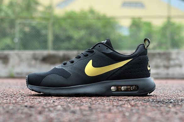 Nike Air max TAVAS black and gold 40,45 номер