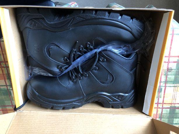 Pantofi de lucru