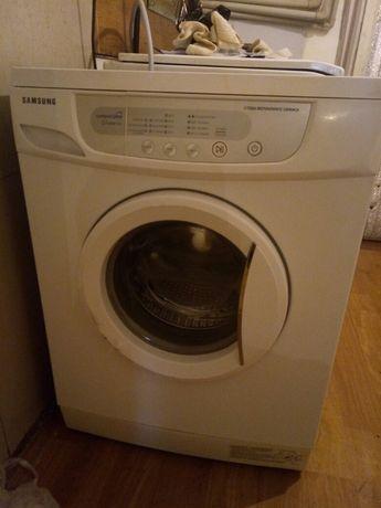 Продам стиральную машинку Самсунг