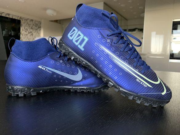 Футболни обувки Nike N:38