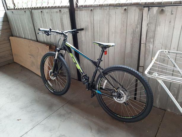 Горный велосипед GT Avalanche Elite Blk