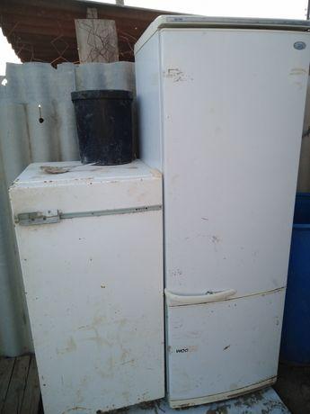 Продаю не рабочи холодильники.