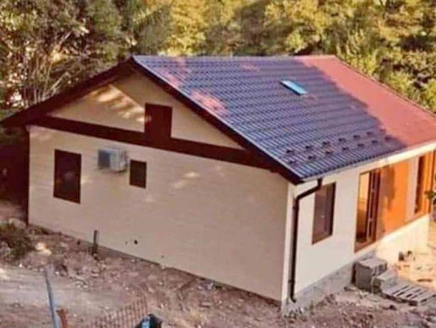 Vand casa din container cu următoarele dimensiuni 8x6