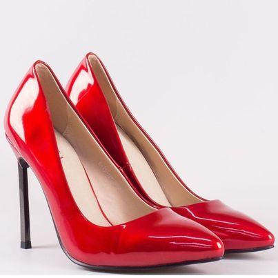Дамски обувки в червен цвят