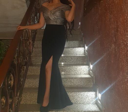 Платья вечерние  42 размер