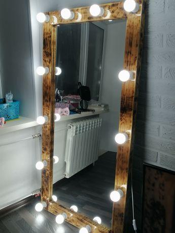 Продам зеркало в идеальном состоянии