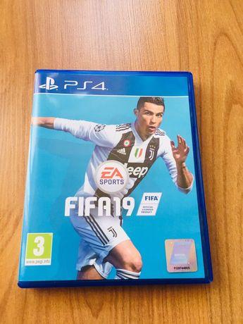 FIFA 19 PS 4 /Pro/