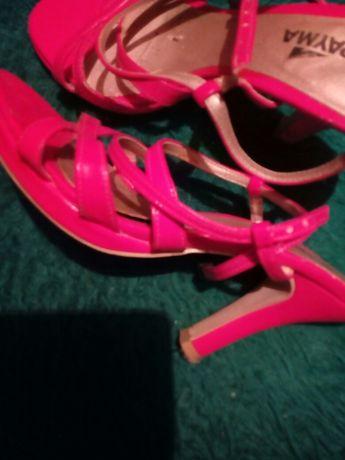 Елег.дам.сандали и обувки