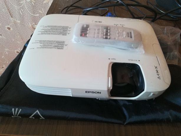 Проектор EPSON Eb-s7 продажа либо обмен на аудио систему