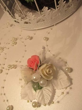 Сватбни бутнониери, ръчна изработка