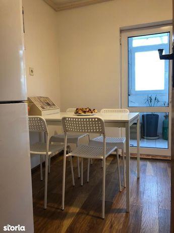 Apartament 4 camere zona Centrala bun si ca spatiu comercial